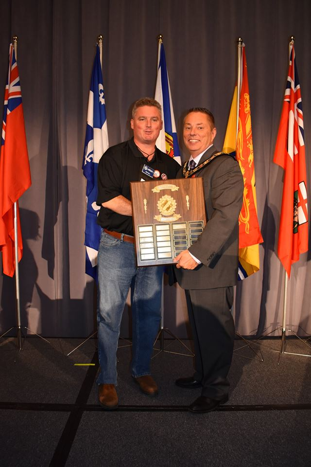 Congrats Bob Hall! Kin Canada 2017 Public Speaking Champion!